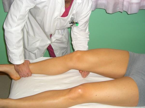 Quadriceps active test